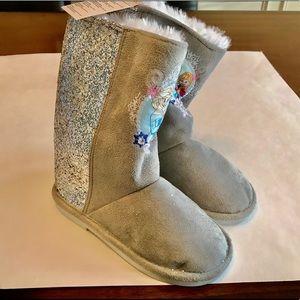 Disney store Frozen Winter sparkle Boots, new